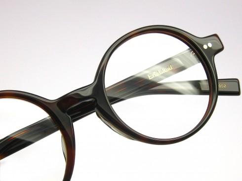 ラウンドシェイプの新作眼鏡 ~TASA~