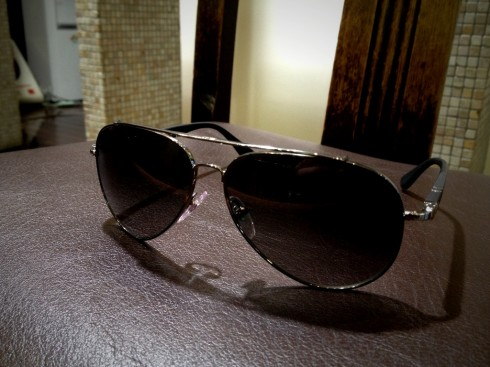 Persol0905 001