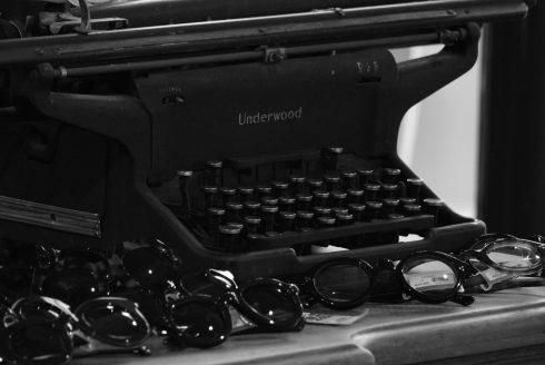 DL23 ~Lesca LUNETIER~  福岡 天神 大名の眼鏡(メガネ)のセレクトショップGlass Shop EYEROBICS(アイロビクス)